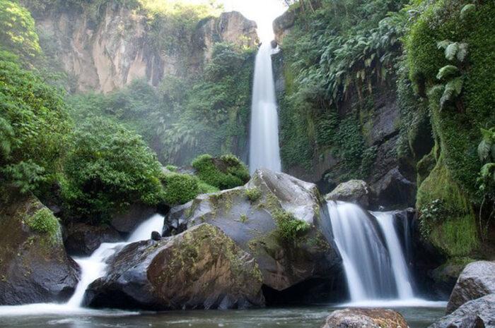 Kupas Tuntas Wisata Air Terjun Coban Rondo Malang. Lebih dari Sekedar Air  Terjun - Blog Kang Amir